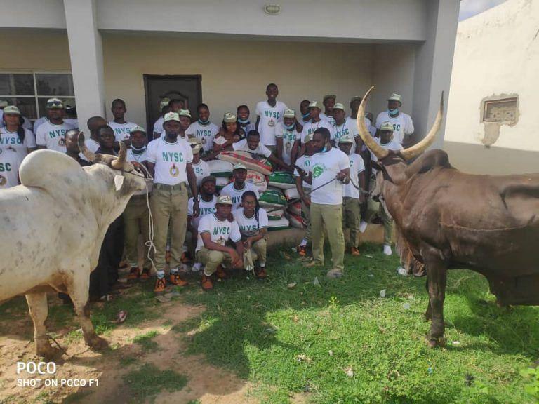 VIDEO: Strayed cow goes berserk inside NYSC orientation camp in Ogun