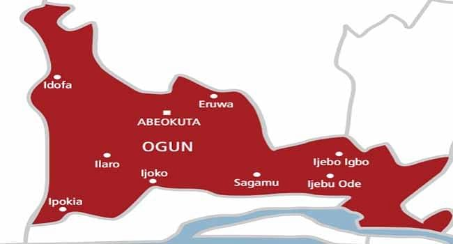 Woman stabs 17-year-old daughter to death in Ogun