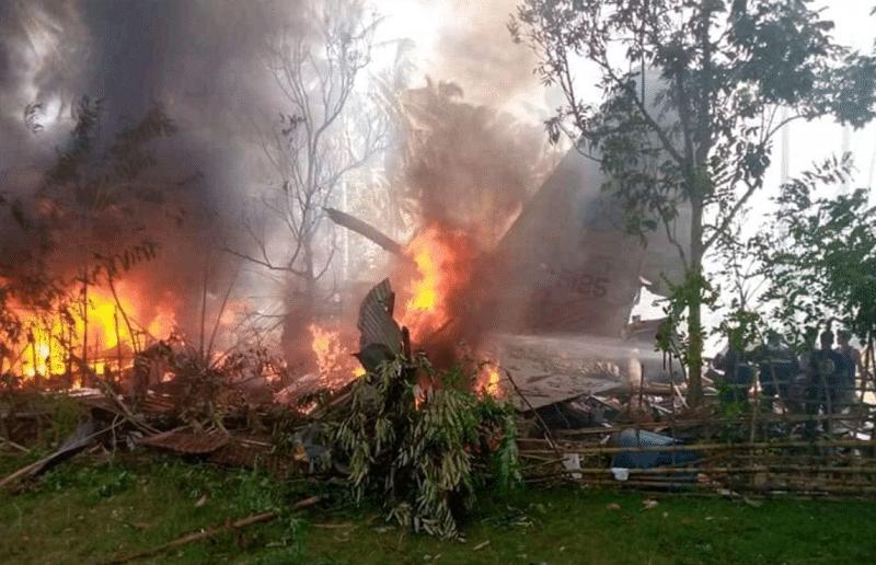 17 dead, 40 others injured in Philippine plane crash