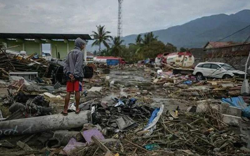 5.9 magnitude quake strikes off Indonesia's Papua