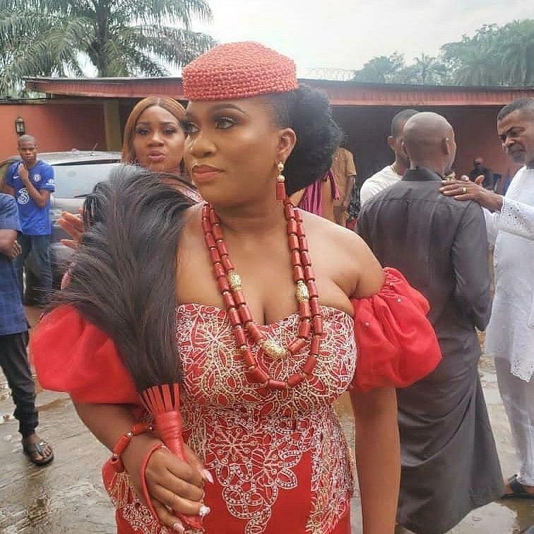Sandra Iheuwa, Steve Thompson's traditional wedding in photos