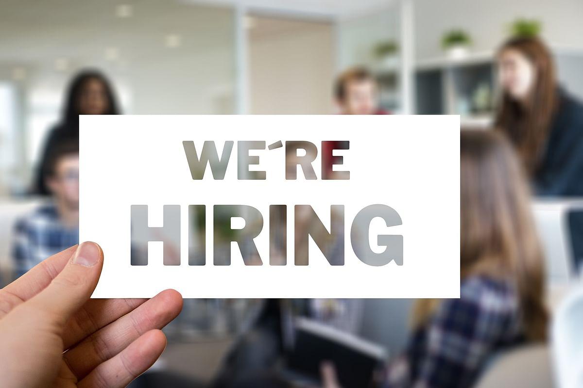 मप्र में साल भर में बेरोजगारी में 45 फीसदी गिरावट
