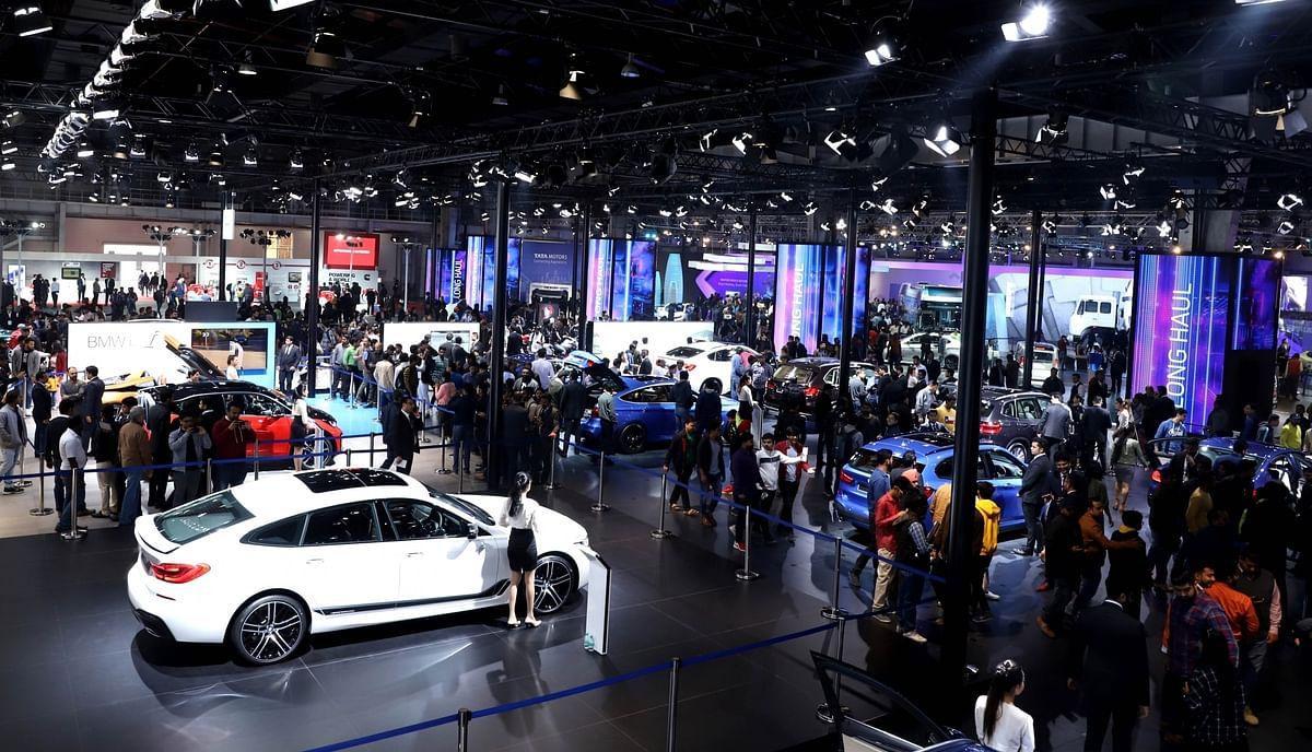 ऑटो बिक्री में दिसंबर में 13 प्रतिशत गिरावट
