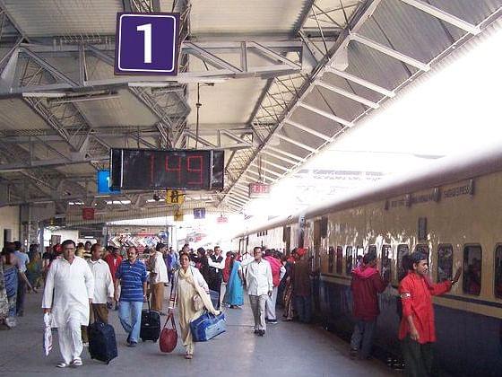 अब रेलवे स्टेशनों पर लगे कैमरे बता देंगे कि आप कोरोना पॉजिटिव हैं या नहीं...