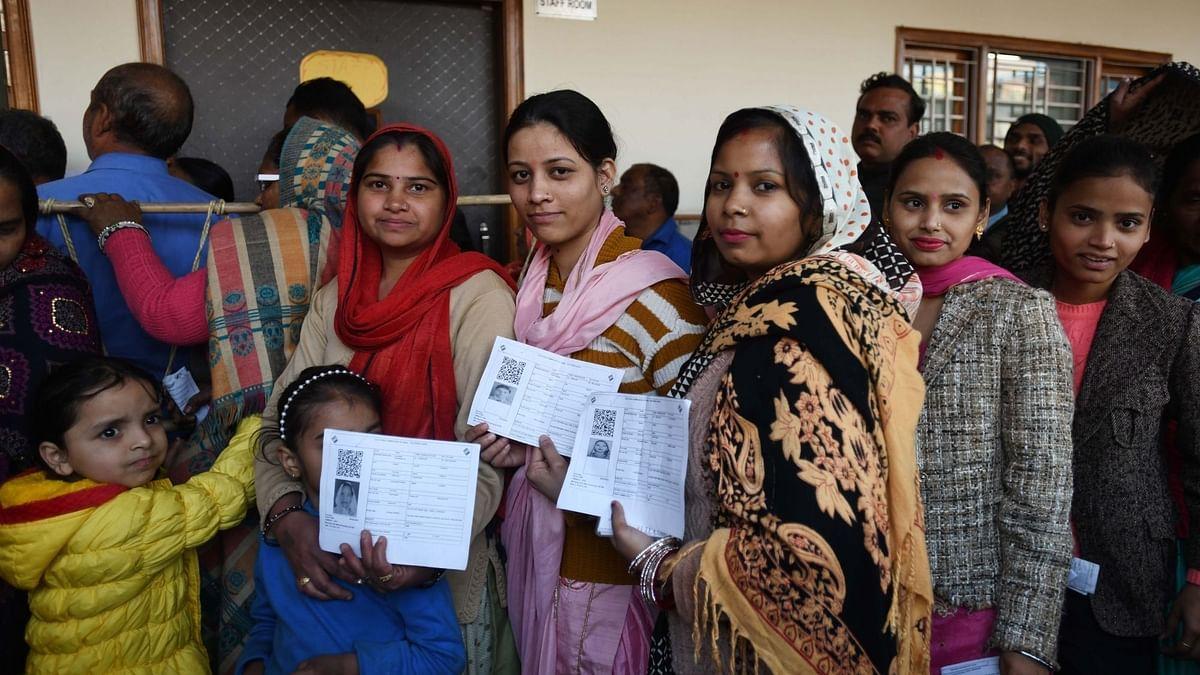 दिल्ली में 'आप' की वापसी में महिलाओं, अल्पसंख्यकों की बड़ी भूमिका