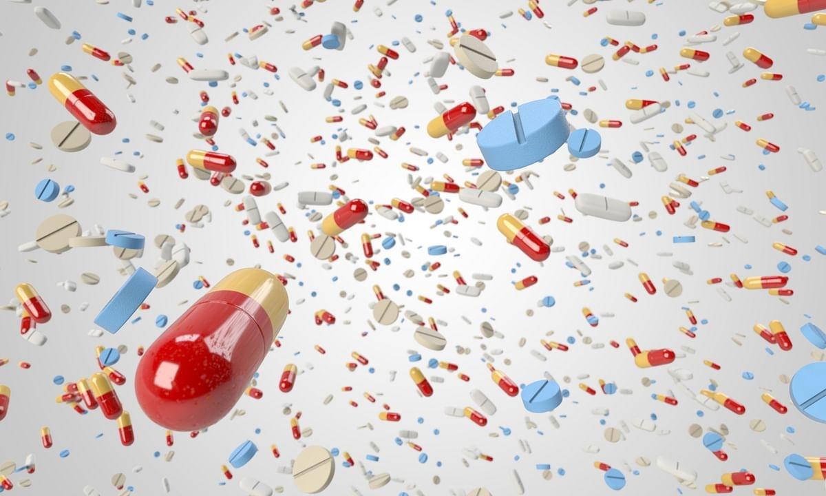 Corona combat: सरकार ने 'बल्क ड्रग्स' की घरेलू मैन्युफैक्चरिंग के लिए 14 हजार करोड़ का दिया पैकेज, मरीजों की संख्या 315 पहुंची