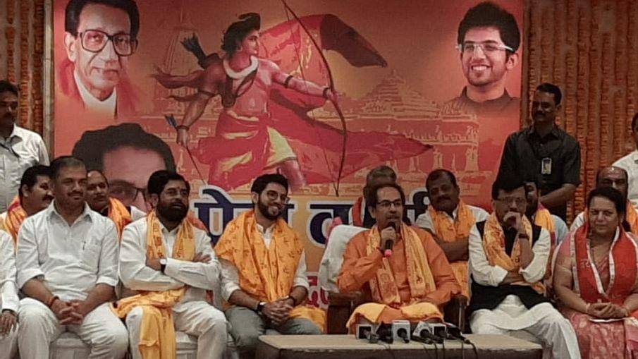 रामलला के दर्शन किए, 1 करोड़ का दान दिया  और  BJP पर निशाना साधते लौट गये उद्धव
