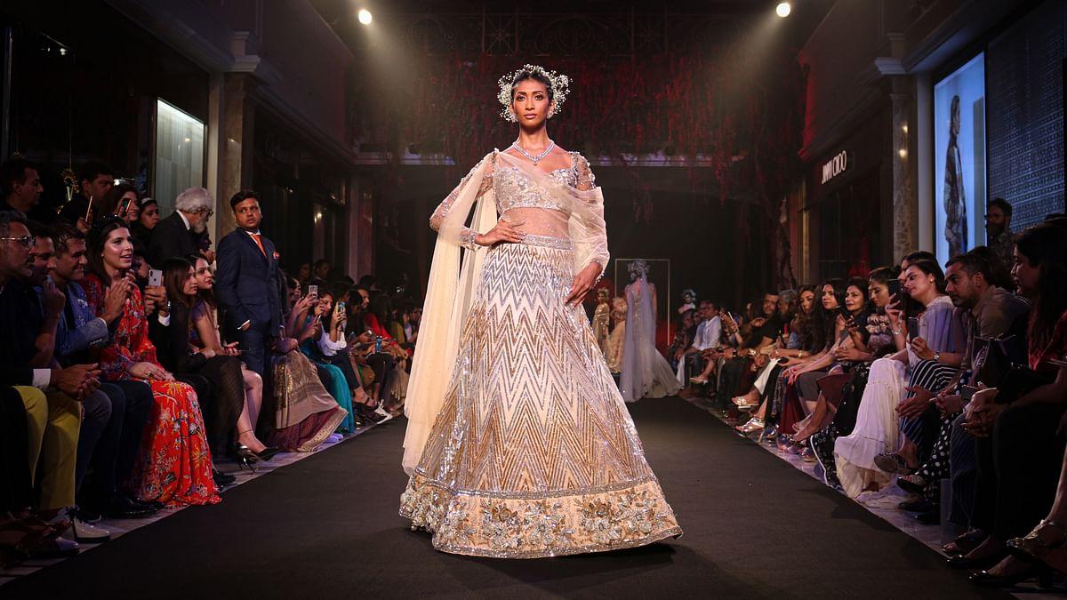 फैशन तथा मॉडलिंग के क्षेत्र मे बनायें करियर