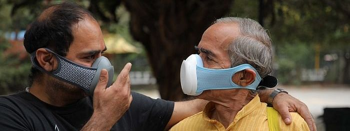 people in mask in delhi