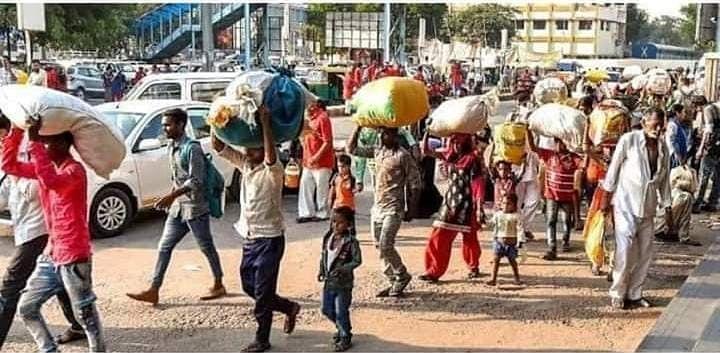 योगी सरकार ने दिहाड़ी मजदूरों को भेजी 222.14 करोड़ की मदद