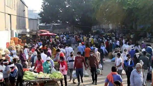 Corona: गाजियाबाद में निर्धारित हुआ फल-सब्जी और ग्रॉसरी की दुकानों का समय