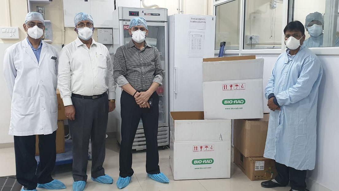 Corona से लड़ाई: BHU में लग गई लैब टेस्टिंग मशीन, जांच में आएगी तेजी