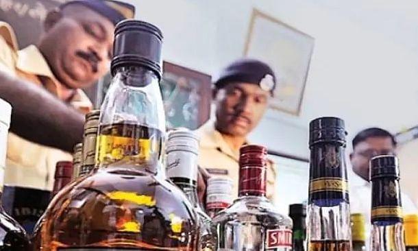लॉकडाउन में शराब तस्करी का मतलब 'जोखिम' का 'डबल-रेट'