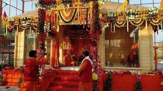 अयोध्या: संत बोले- शराब की दुकानें खुल सकती हैं तो मंदिर क्यों बंद हैं, आर्थिक पैकेज भी मांगा