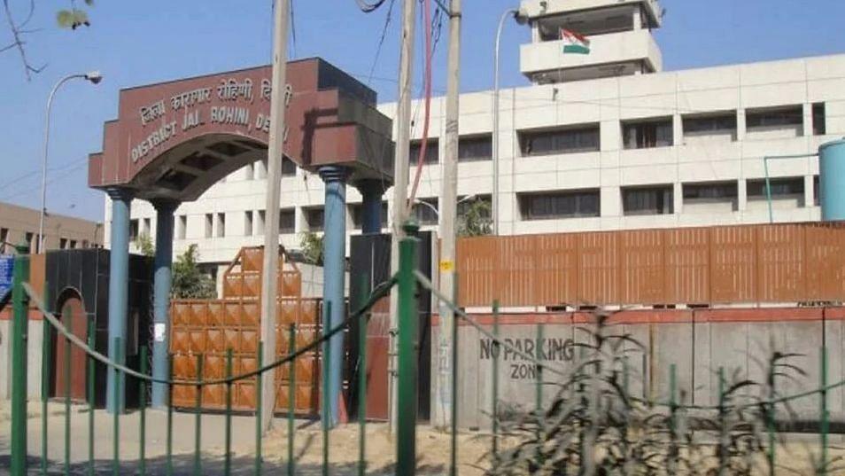 दिल्ली: रोहिणी जेल के असिस्टेंट सुपरिटेंडेंट कोरोना पॉजिटिव