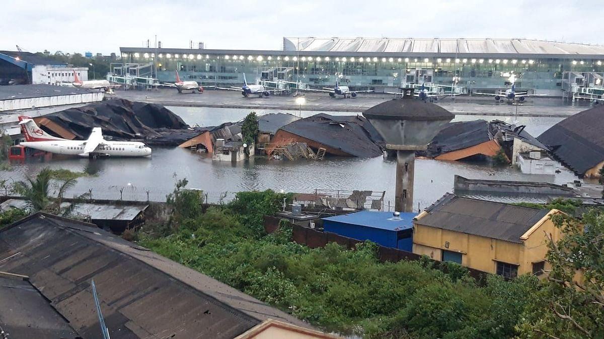 जलमग्न हुआ कोलकाता एयरपोर्ट, भारत के बाद 'Amphan' ने बांग्लादेश में मचाई तबाही