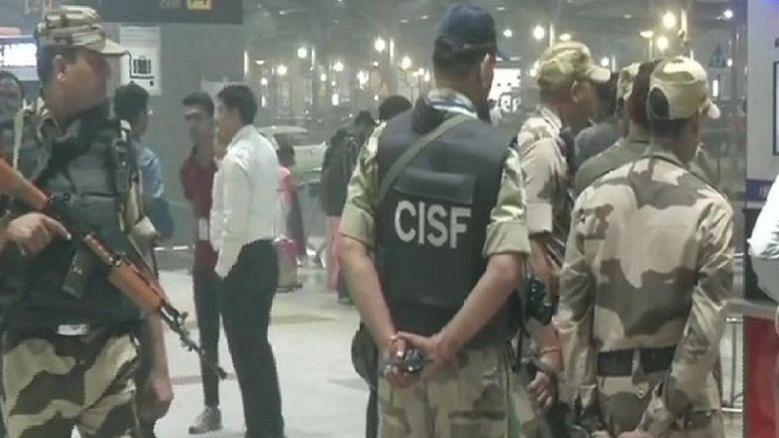 आईजीआई एयरपोर्ट पर तैनात 18 सीआईएसएफ कर्मी कोरोना संक्रमित