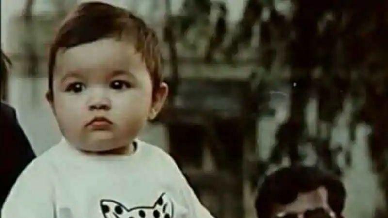 Alia Bhatt childhood pic