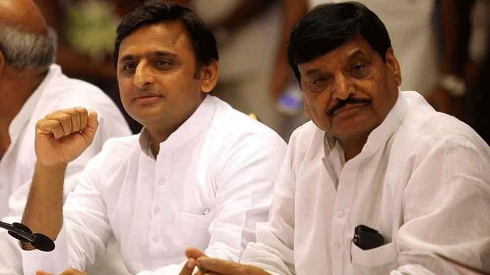 शिवपाल यादव की सदस्यता बची... क्या चाचा-भतीजा के रिश्ते भी लौटेंगे... सपा में वापसी भी होगी!