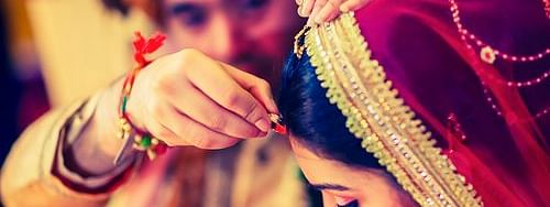 indian wedding, symbolic image