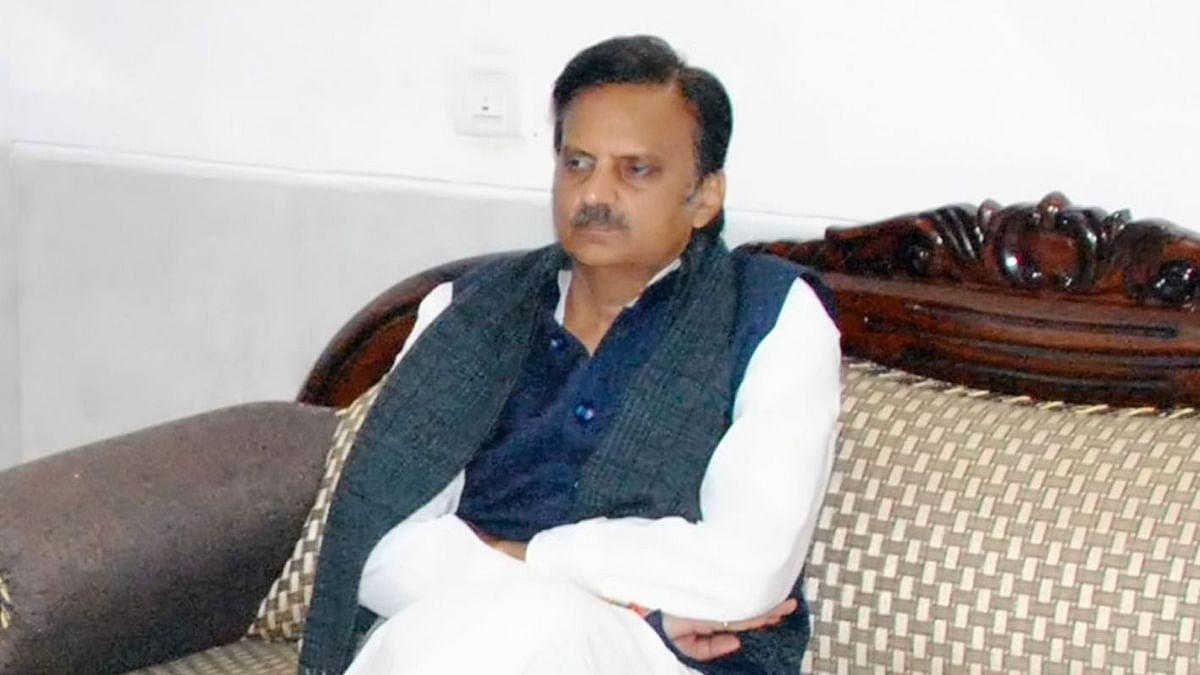 मप्र के भाजपा विधायक ने सोनू सूद से मांगी मदद तो कांग्रेस हुई हमलावर