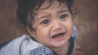 महाराष्ट्र: 3 साल की बच्ची के रोने से बची एक महिला की जान, जानें पूरी कहानी