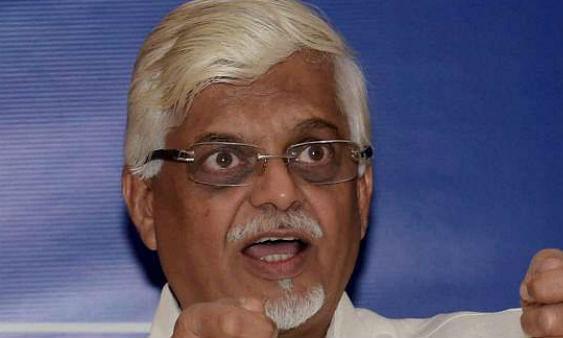 मनमोहन सिंह के पूर्व सलाहकार हुए साइबर क्राइम का शिकार ...आरोपी गिरफ्तार