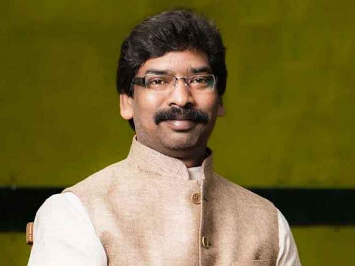 झारखंड के मुख्यमंत्री ने की सब्जी बेचने वाली एथलीट की मदद