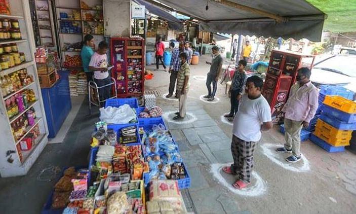 दिल्ली : साप्ताहिक बाजारों को मिली अनुमति, नाईट कर्फ्यू समाप्त, होटलों में भी शुरू होगा कामकाज