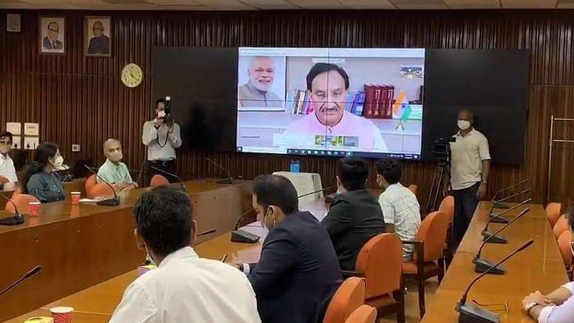 IIT दिल्ली ने कोरोना जांच के लिए किया नई किट का अविष्कार...  मात्र 3 घंटे में मिलेगी टेस्ट रिपोर्ट