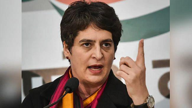 प्रियंका गांधी ने की महत्वपूर्ण बैठक, UP की बिगड़ती विधि व्यवस्था और जंगलराज के खिलाफ अभियान छेड़ेगी कांग्रेस