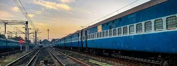 2027 तक तैयार होंगी 44 वंदे भारत ट्रेनें, रेलवे ने 2022 तक बनाने का किया था दावा: आईसीएफ