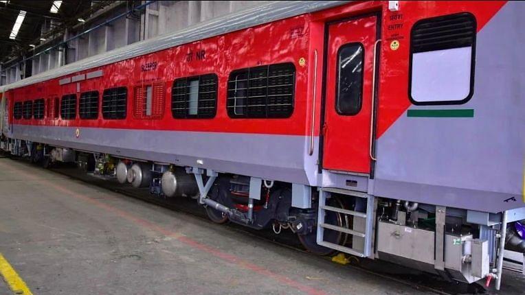 कोरोना वायरस व बैक्टीरिया से बचाने वाले कोच तैयार कर रहा भारतीय रेलवे, सुरक्षित होगा सफर