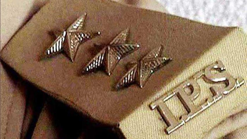 UP: देर रात इन 7 जिलों के बदले कप्तान और 10 IPS अफसरों का ट्रांसफर, बीते 28 दिन में बदले 25 कप्तान