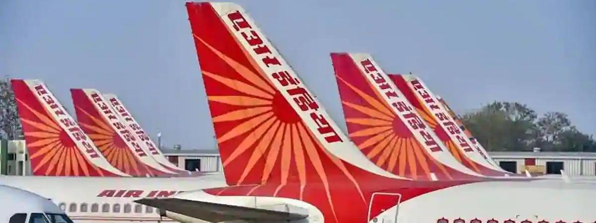 एयर इंडिया को पायलटों ने दी हाईकोर्ट में चुनौती, कहा, 'ऐसी हरकत पर सुनवाई न होना natural justice का उल्लंघन है'