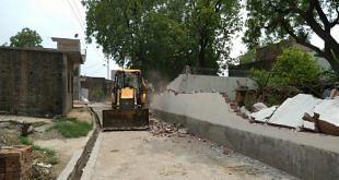 कानपुर एनकाउंटर: फरार विकास दुबे पर इनाम राशि 1 लाख हुई, बाकि 18 अभियुक्तों पर भी 25-25 हजार का इनाम