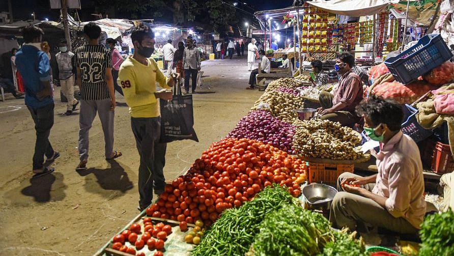 बीते 2 माह में दोगुने-तिगुने हुए सब्जियों के दाम, अभी राहत के आसार नहीं