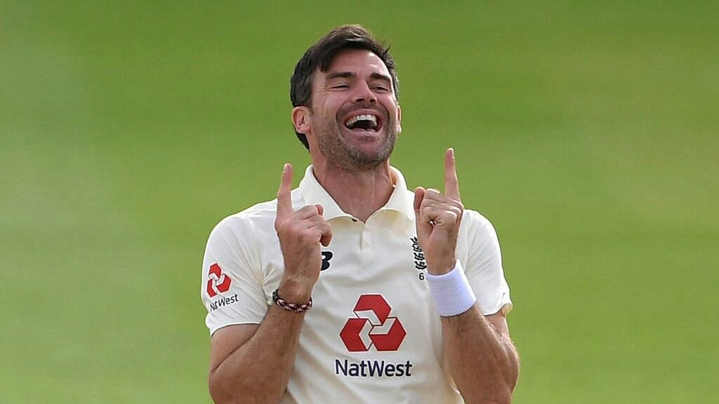 जेम्स एंडरसन ने रचा इतिहास, 600 टेस्ट विकेट लेने वाले पहले तेज गेंदबाज बने