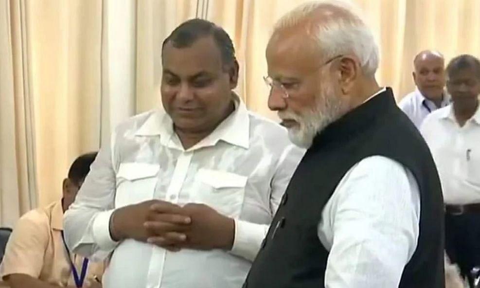 काशी के डोम राजा का निधन, PM मोदी व CM योगी ने जताया दुख