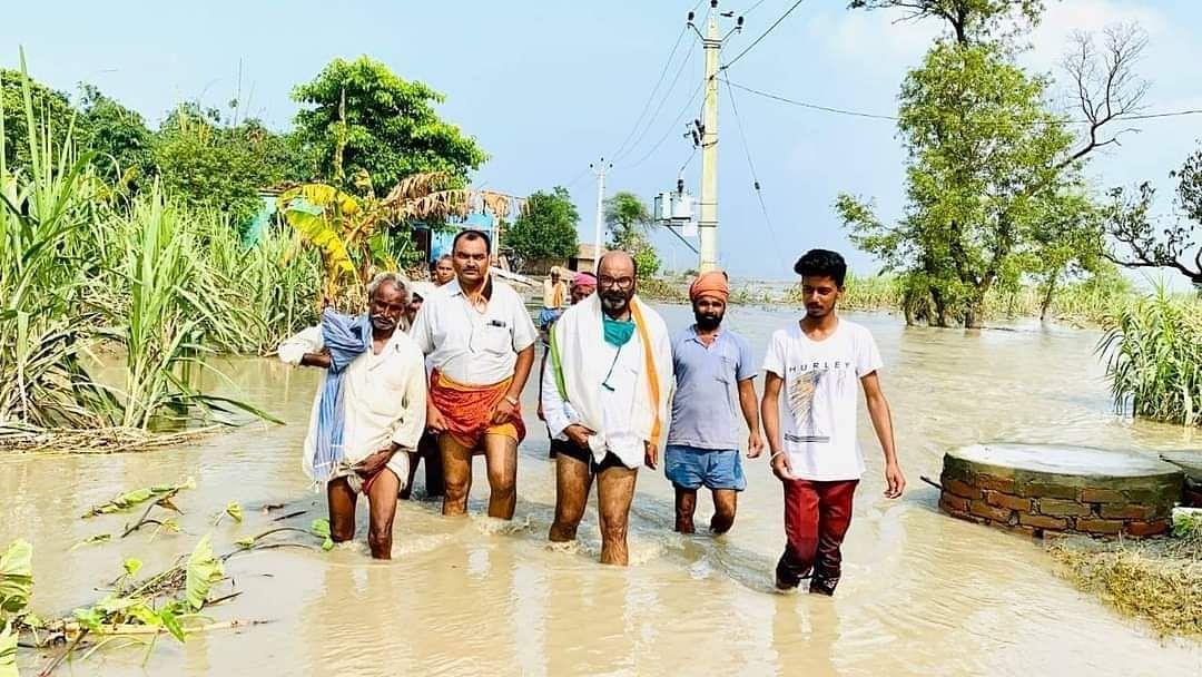 यूपी में बाढ़ के कहर से फसलें चौपट, लल्लू बोले- सरकार की लापरवाही चरम पर, किसानों को दें मुआवजा