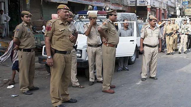 Bakrid 2020: सुबह 5 बजे ड्यूटी पर नहीं पहुंचने वाले 36 पुलिसकर्मी सस्पेंड