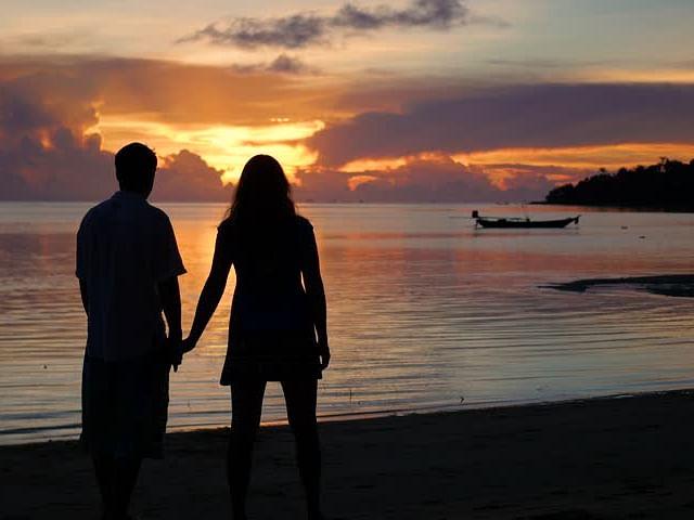 पति के नाम के फर्जी पासपोर्ट पर प्रेमी संग आस्ट्रेलिया घूम आई पत्नी..लॉकडाउन में फंसने के बाद अब लौटे वापस