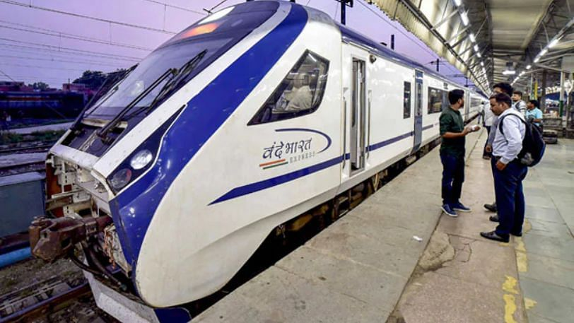रेलवे का चीन को बड़ा झटका, 44 वंदे भारत ट्रेन बनाने का ठेका किया रद्द