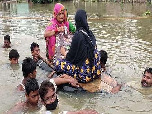 बिहार: बाढ़ पीड़ित 6 लाख परिवारों के बैंक खाते में भेजा गया 6,000 का मुआवजा