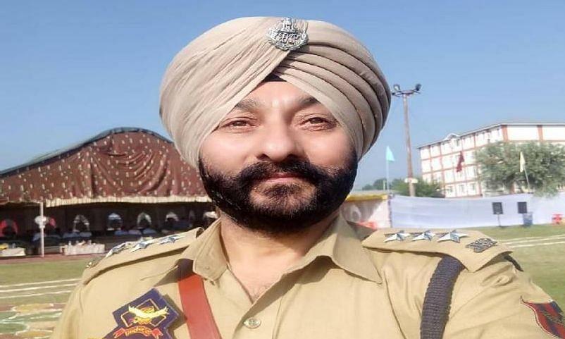 पूर्व डीएसपी दविंदर सिंह मामले में NIA ने कश्मीर में छापे मारे