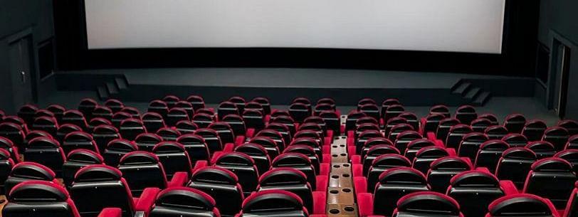 फिल्म इंडस्ट्री ने सरकार से की सिनेमाघरों को खोलने की अपील, कहा, 'बॉलीवुड को अब तक बड़ा नुकसान'