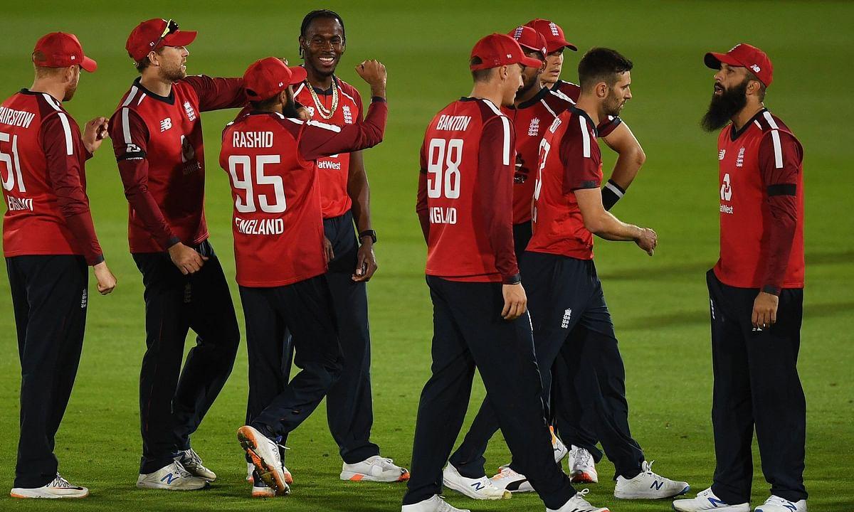 ENG vs AUS, 1st T20: रोमांचक मैच में इंग्लैंड ने ऑस्ट्रेलिया को 2 रन से हराया