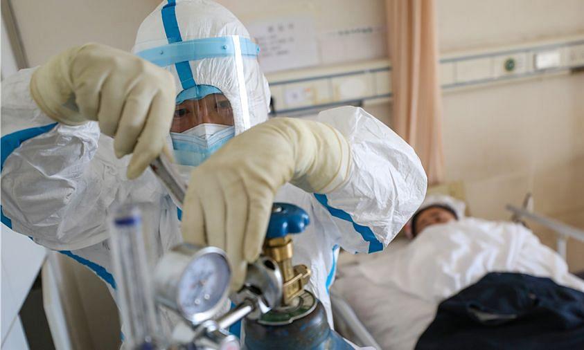 UP: मरीज के परिजन ने अस्पताल से जबरन छीना ऑक्सीजन सिलिंडर, ले भागे...