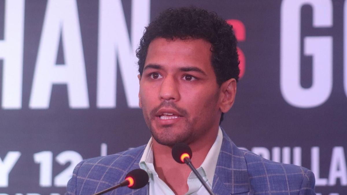 मुक्केबाज नीरज की आमिर को चुनौती, कहा 'समय भी आपका और जगह भी आपकी'