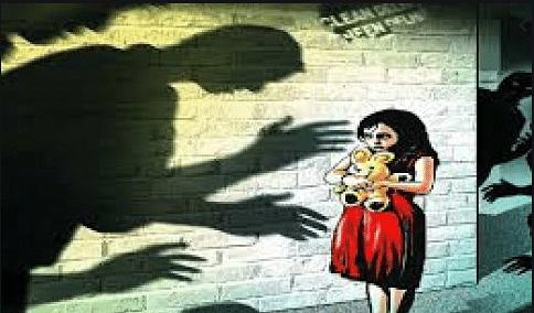 UP में फिर हुई रेप की घिनौनी वारदात... मैनपुरी में 4 साल की मासूम के साथ रिश्ते के चाचा ने किया दुष्कर्म